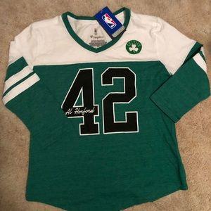 NWT. Boston Celtics 3/4 sleeve shirt